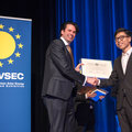 Prestigious prizes for members of PVMD group at EUPVSEC